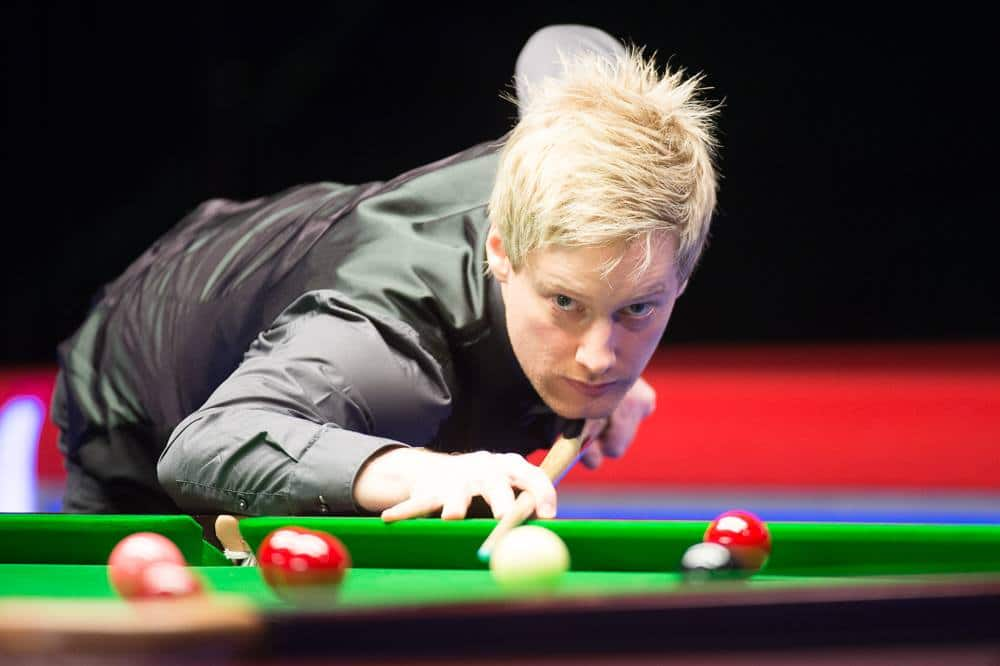 Welsh Openissa hullu keskiviikko - Robertson löi ottelussa yhden pallon ohi, hävisi silti!