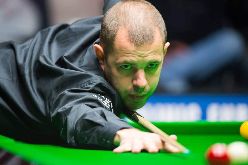 Ennakkosuosikit vahvoilla välierissä - Hawkins ja Higgins kohtaavat Welsh Open -finaalissa