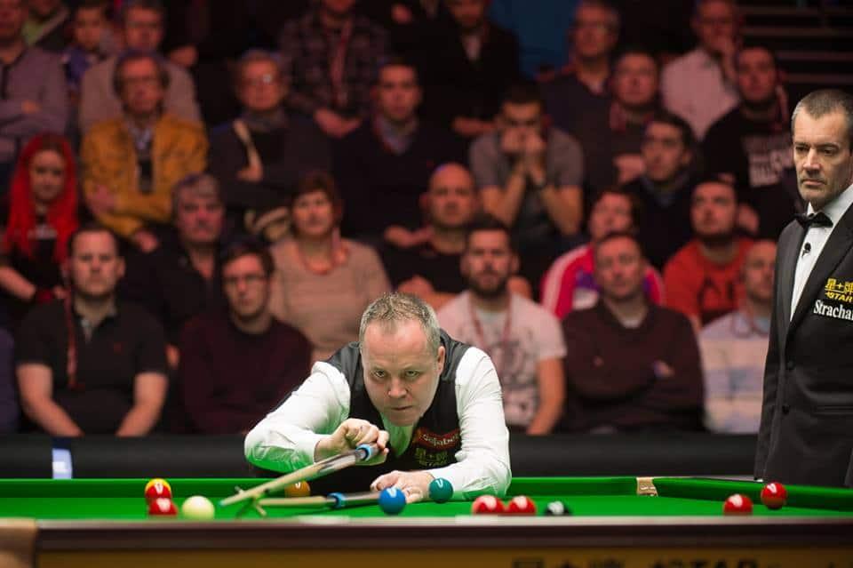 Nelinkertainen maailmanmestari John Higgins aloittaa urakkansa Mark Davisia vastaan