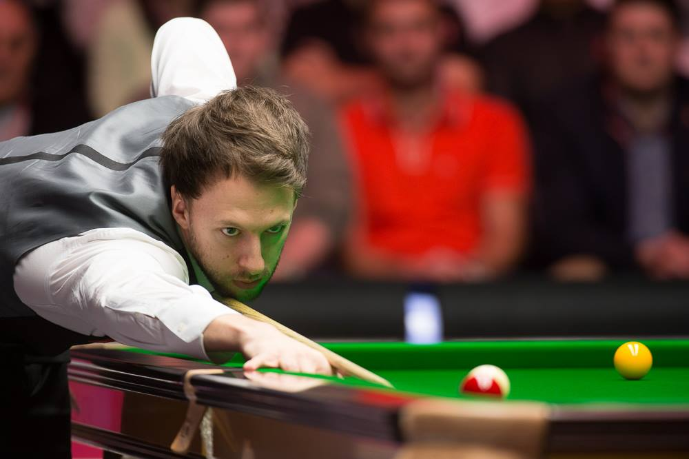 Snookerin MM-finaali: John Higgins-Judd Trump
