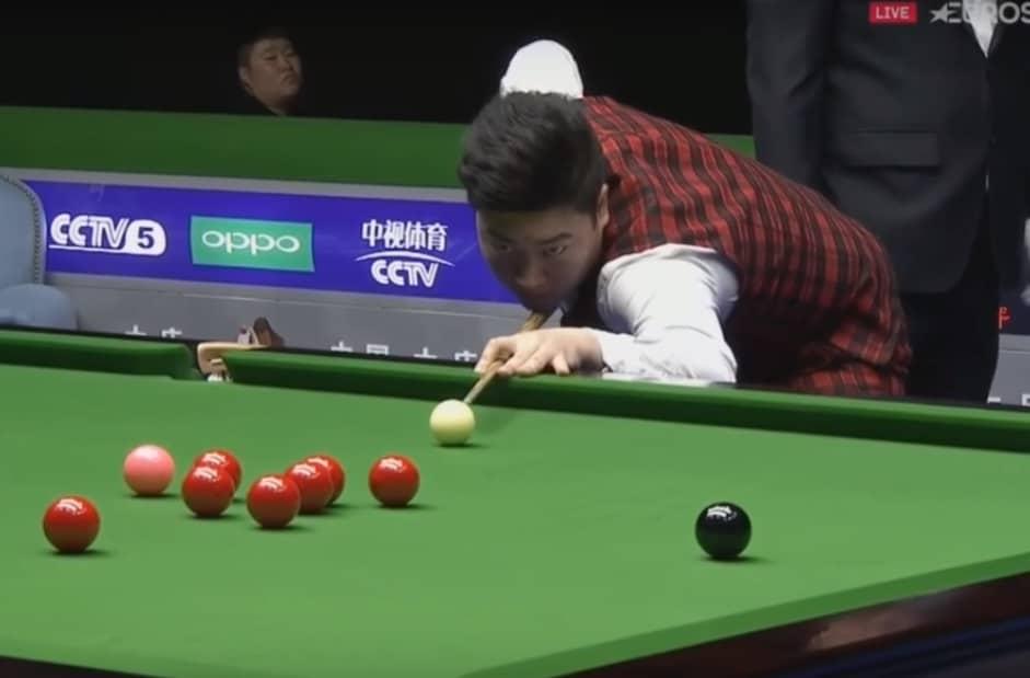 17-vuotias Yan Bingtao jatkaa välieriin - nyt kaatui John Higgins!